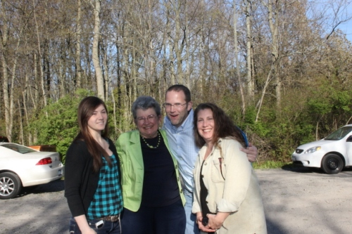 David Bonter with Chita, Laurie and Laurie's Daughter Cassie Clement