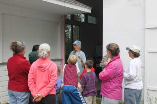 4-H Children and Their Families Visit BBBO.  Photo by Ryan Kayhart